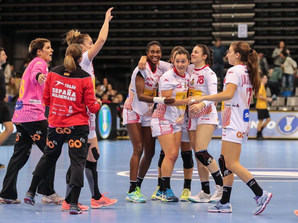 Las 'Guerreras', jugadoras de la selección española de balonmano femenino.