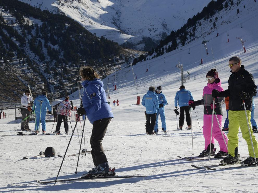 Las estaciones de esquí de Aragón  suman cerca de 400 kilómetros esquiables.