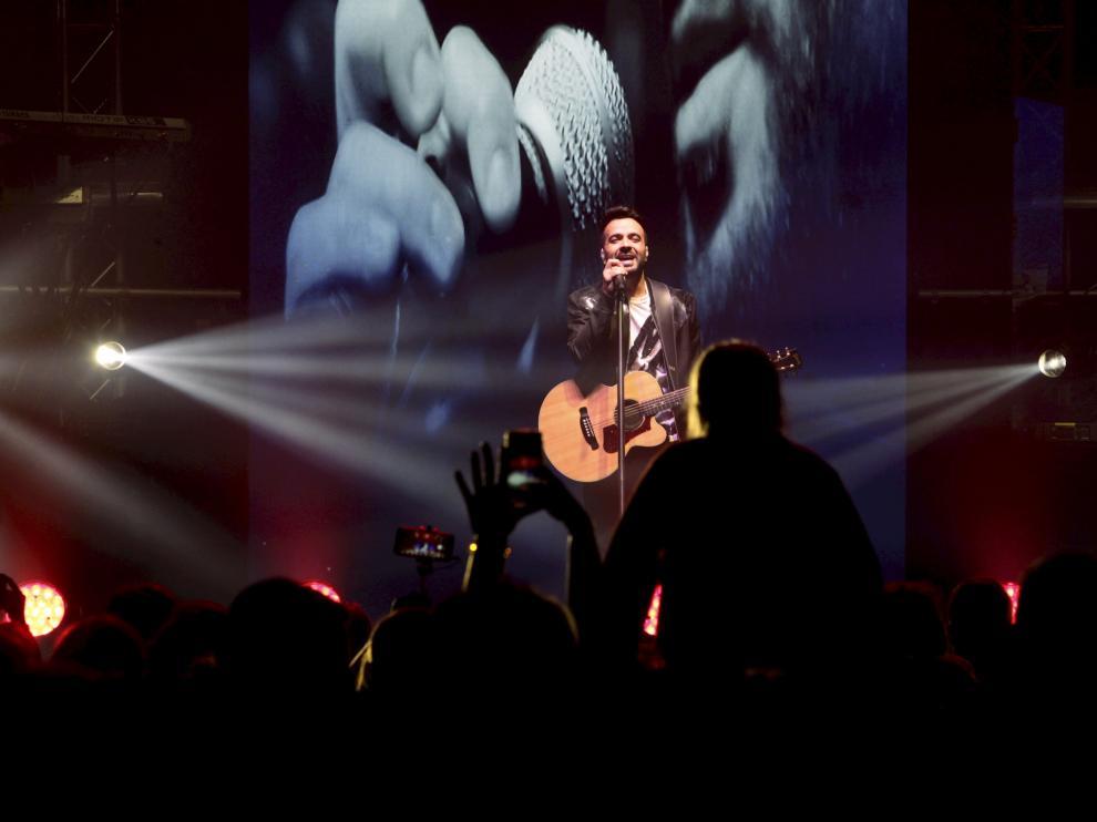 Luis Fonsi, durante un concierto este año en Letonia.