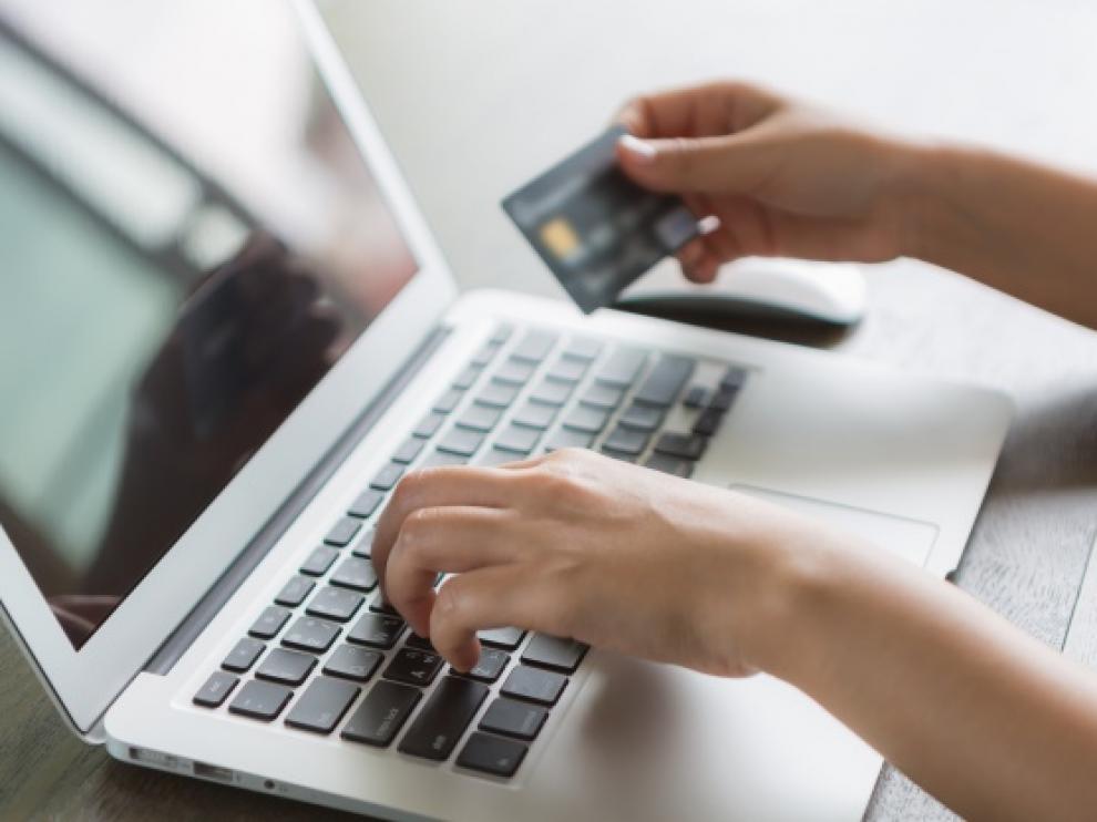 El gasto medio en comercio electrónico ha crecido un 38% con respecto al año pasado, alcanzando los 1.954 euros.