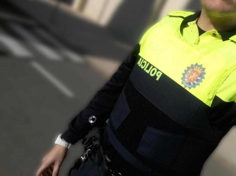 La Policía Local de Zaragoza ya patrulla con chaleco antibalas