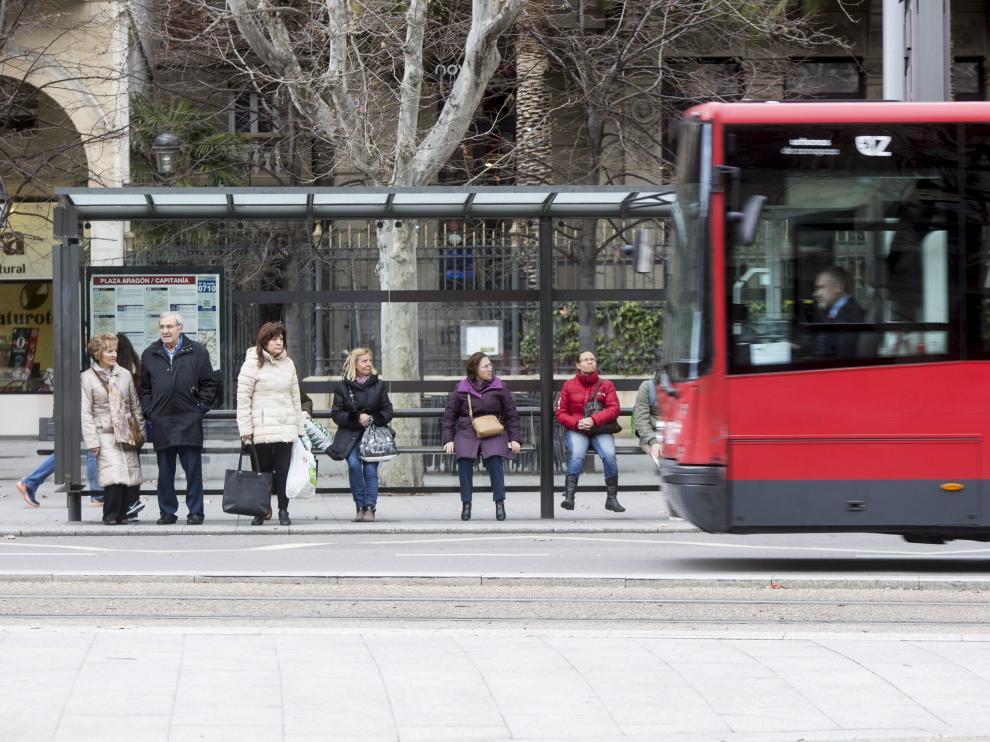 El transporte público es el problema principal de la ciudad para el 9'9% de los encuestados.