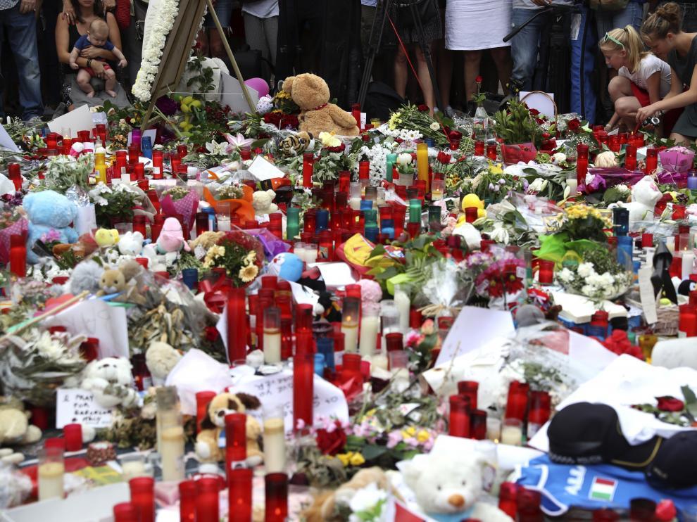 Homenaje a las víctimas del atentado de Las Ramblas
