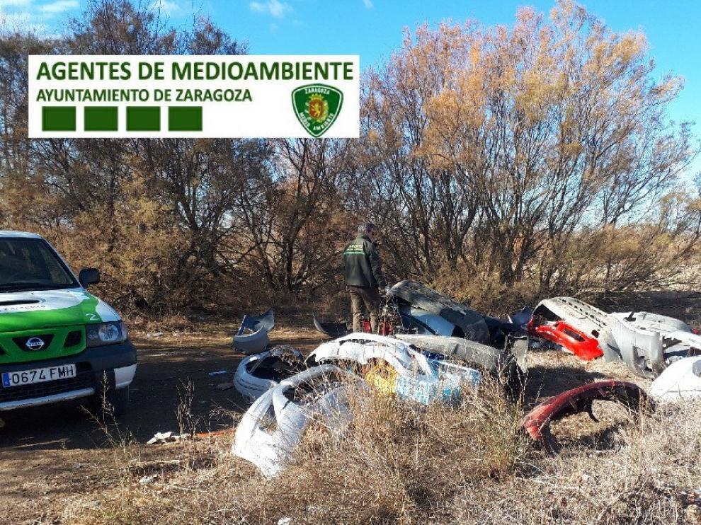 La Unidad Verde alerta de la proliferación de vertidos en las riberas y montes de la capital