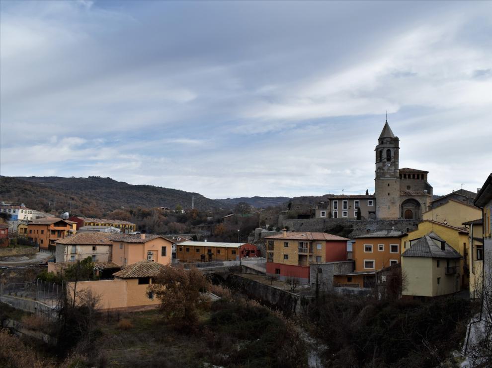 Iglesia de Lascuarre.