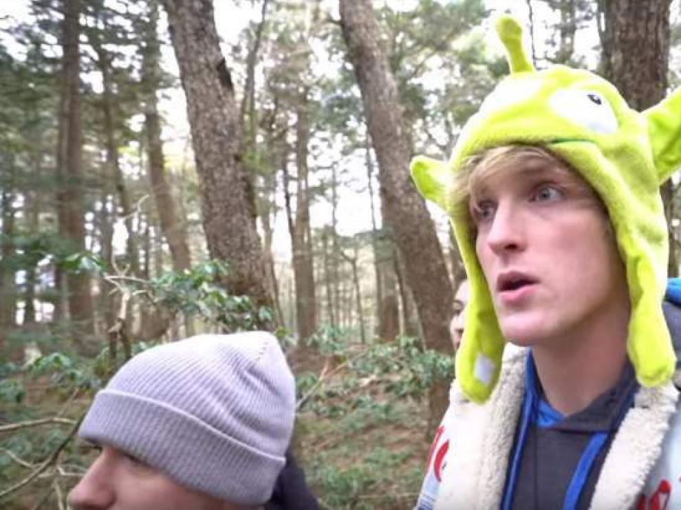 Fotograma del vídeo retirado por Logan Paul.