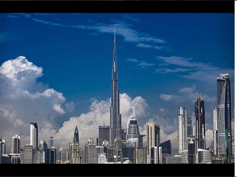 El imponente Burj Khalifa presidiendo el emirato de Dubai.