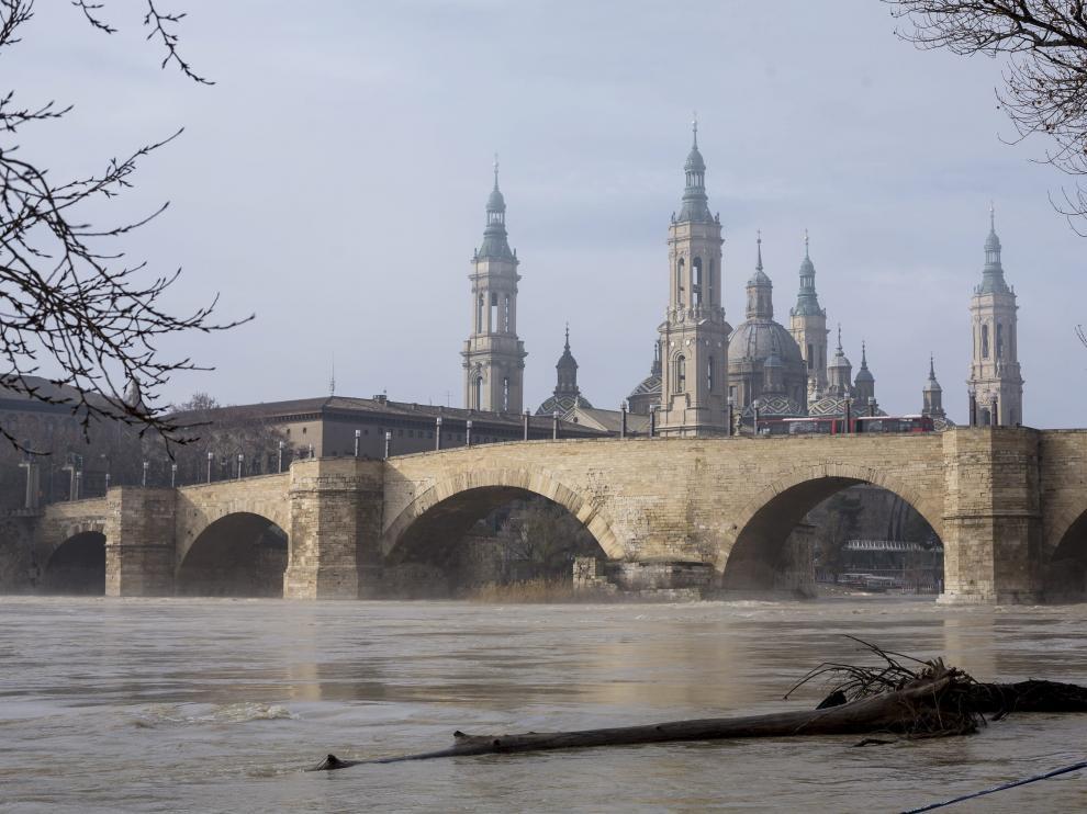 Cielo nuboso en Zaragoza
