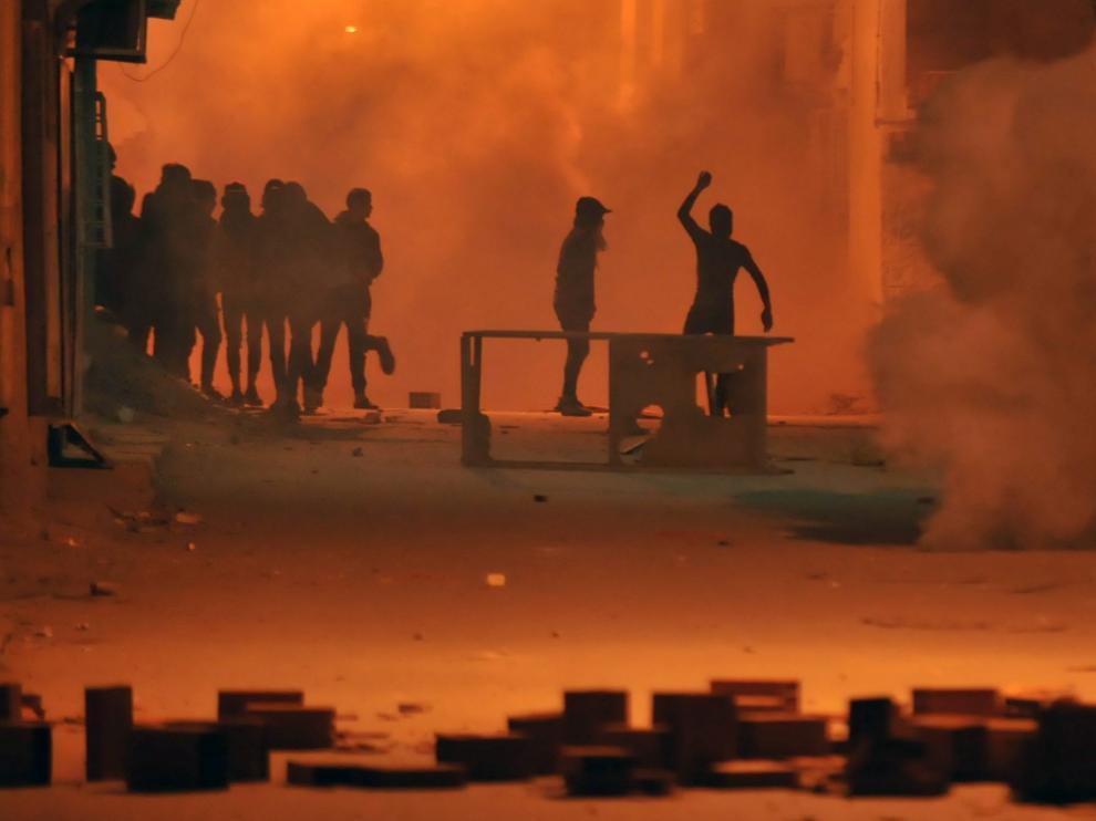 Disturbios en las calles de Túnez.