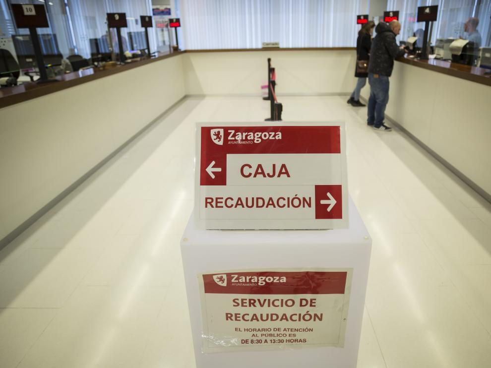 Dependencias de la Agencia Tributaria municipal en el Ayuntamiento de Zaragoza.
