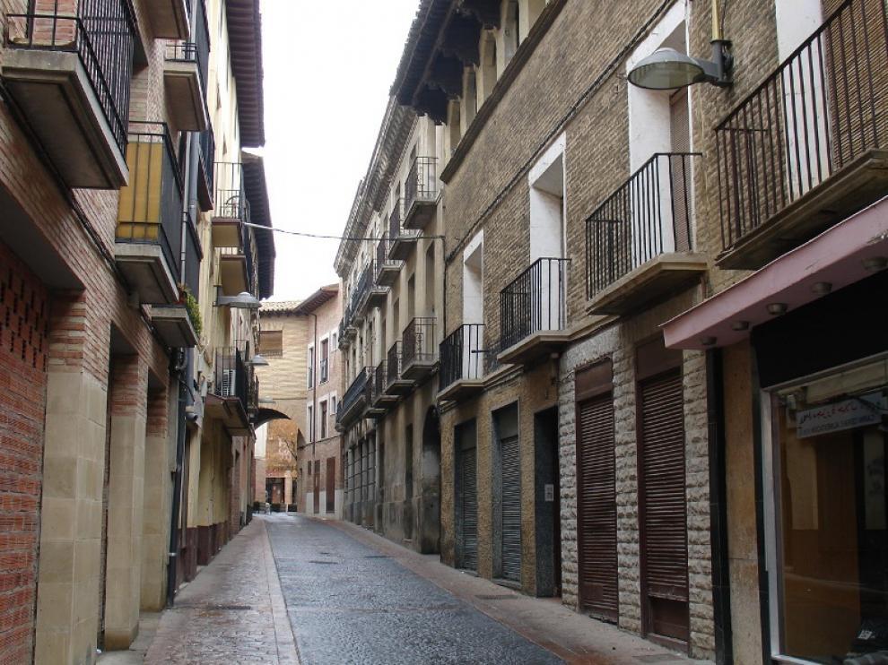 El historiador ejeano José Luis Jericó realizará este domingo, a las 16.00, una visita guiada por el itinerario del Voto. En la imagen, la calle Mediavilla.