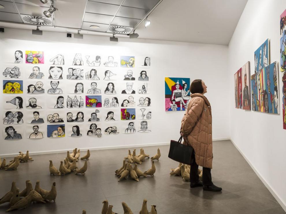 La retrospectiva de los artistas que expusieron el curso pasado en la Universidad San Jorge se puede ver hasta el 10 de febrero en el Centro Joaquín Roncal.