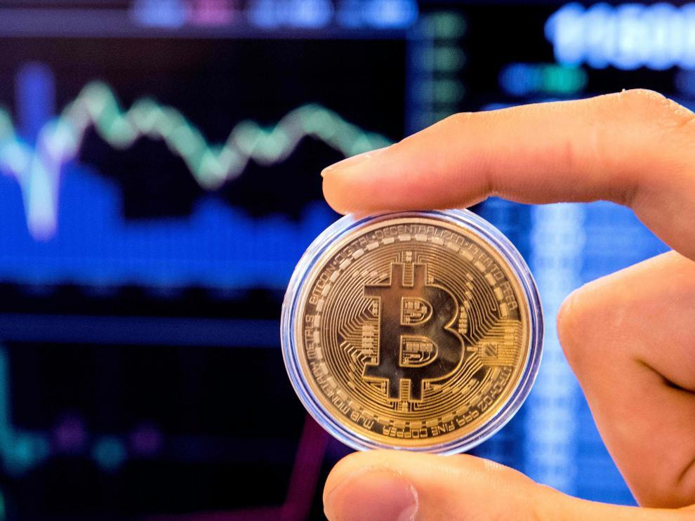 El bitcoin no tiene curso legal y se intercambia en plataformas específicas de internet.