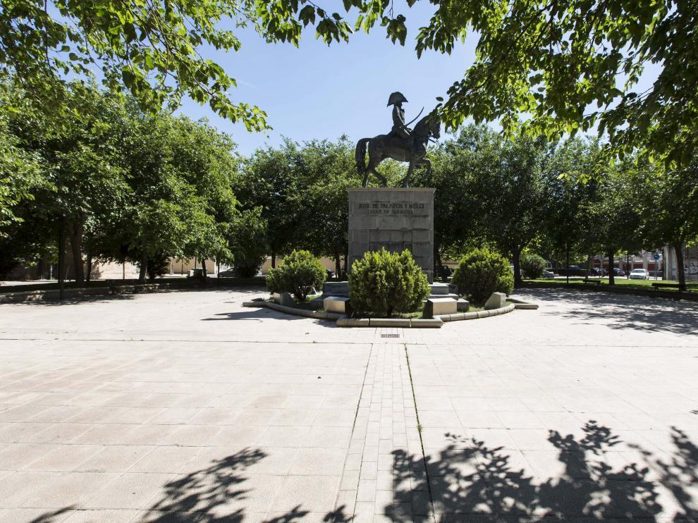 La agresión se produjo en la plaza de José María Forqué de Zaragoza.