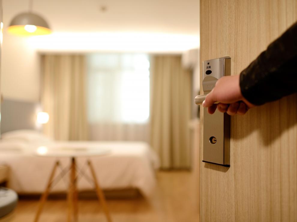 "Dos hoteles de Zaragoza ya aspiran a ser cuatro estrellas ""superior"""