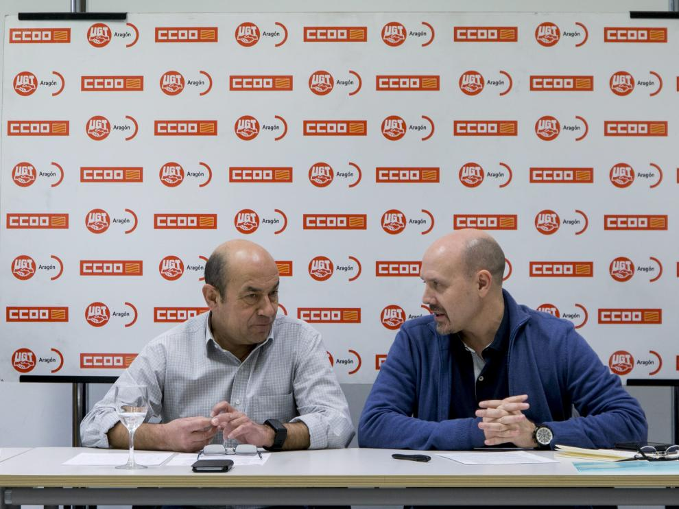 Imagen de archivo de los secretarios generales de UGT y de CC. OO. Aragón, Daniel Alastuey y Manuel Pina