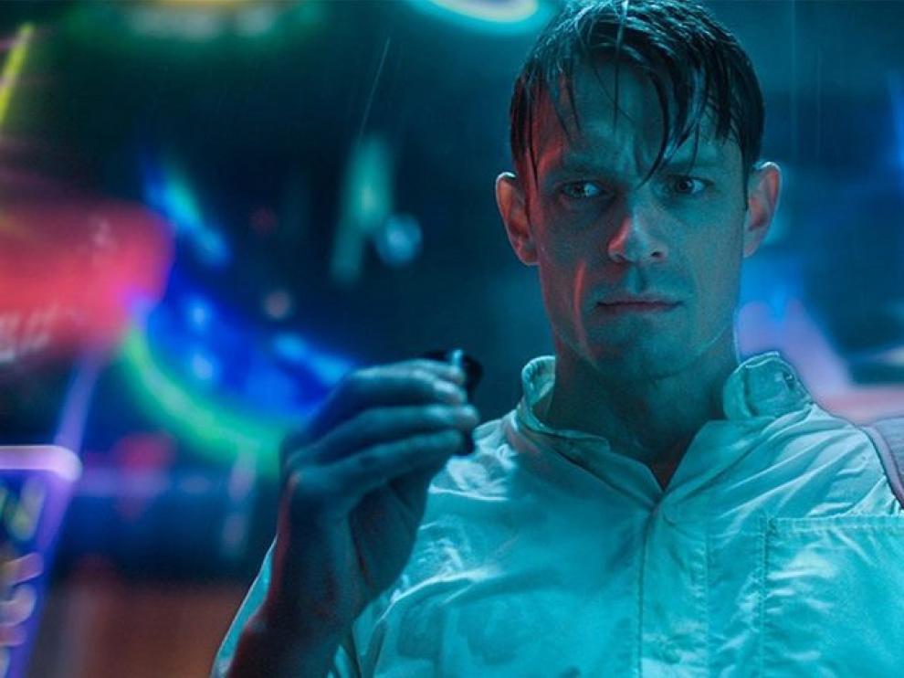 Joel Kinnaman protagoniza esta producción de ciencia ficción.