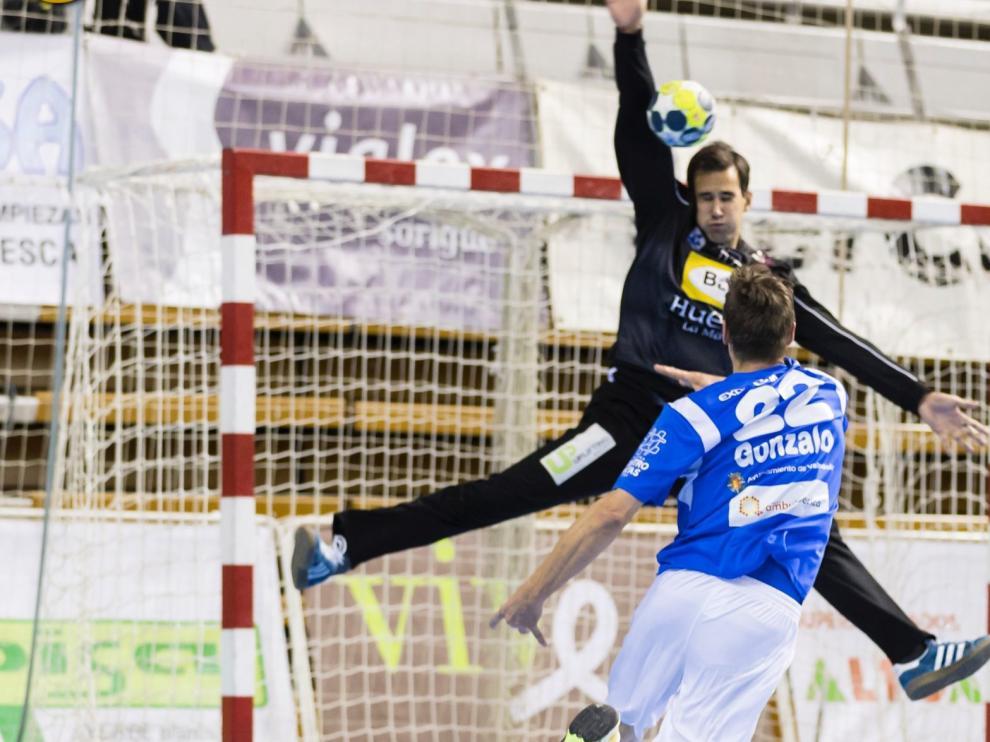 Jorge Lite renueva una temporada por el Bada Huesca.