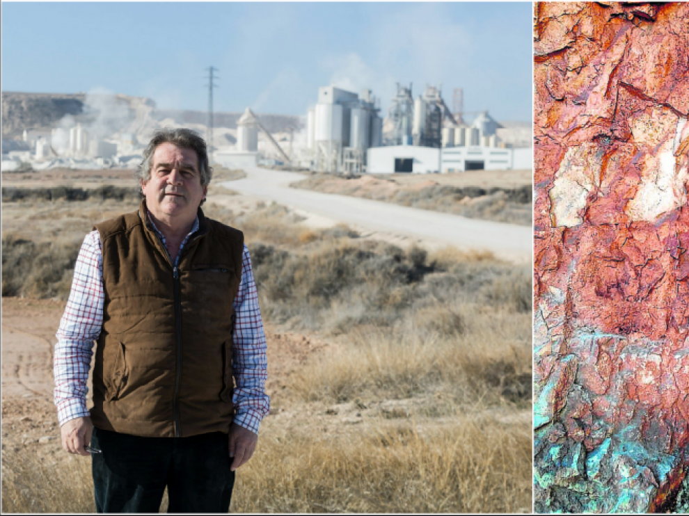 Las pinturas. A la izda. el empresario Josep Andreu, que tiene un negocio cerca del abrigo rupestre. A la dcha., el detalle de una cornamenta de animal.