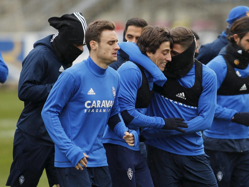 Lasure, Delmás y Raúl Guti encabezan la serie de carrera continua del entrenamiento.