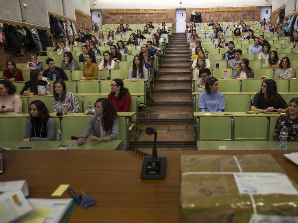 Estudiantes de medicina en la prueba de acceso al MIR de este año.