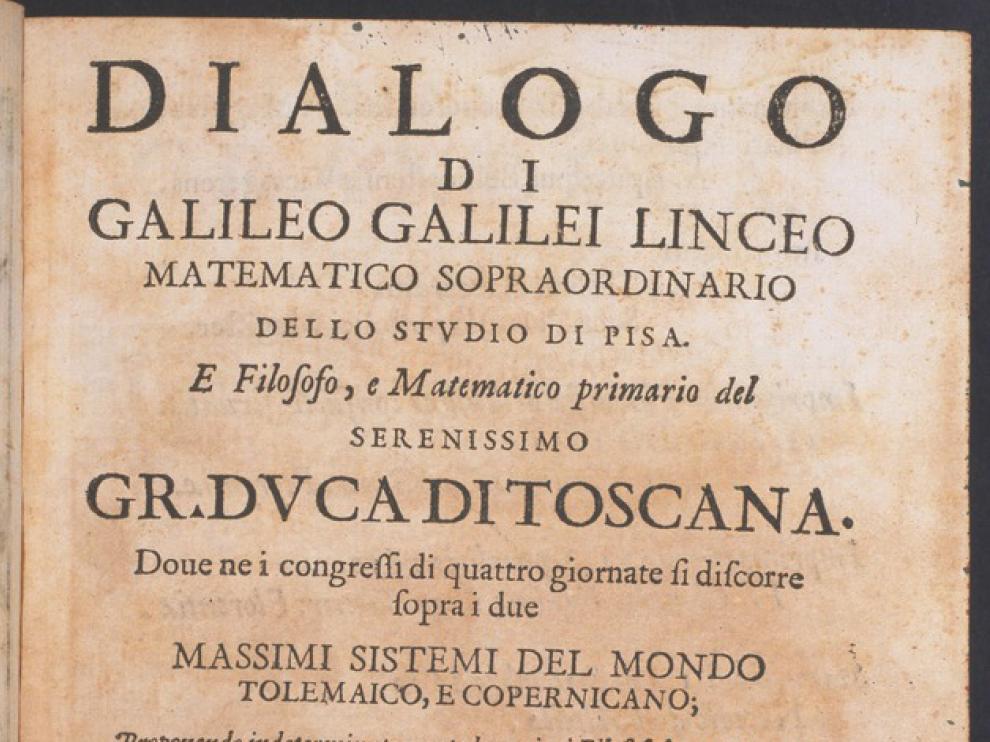 'Diálogos sobre los dos máximos sistemas del mundo' (1632) es una de las obras que Galileo escribió en italiano, en lugar de usar el latín