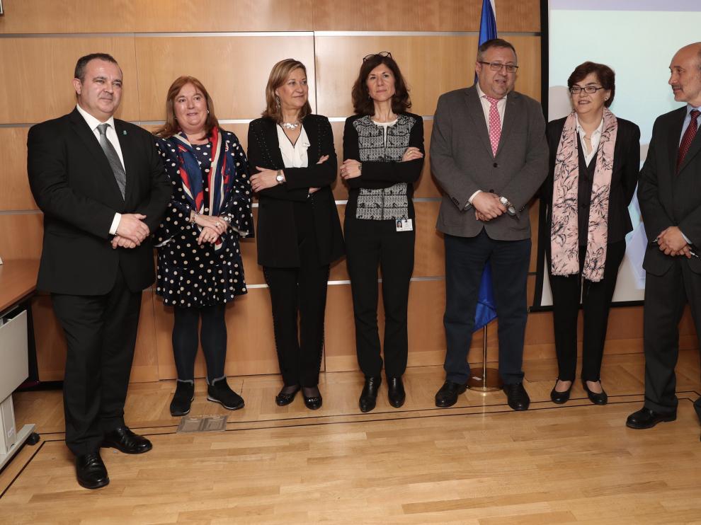 Isaac Pola, Ana Luisa Durán, Pilar del Olmo, Anna Colucci, Alfonso Gómez, María Teresa Baquedano y José Luis cabezas.
