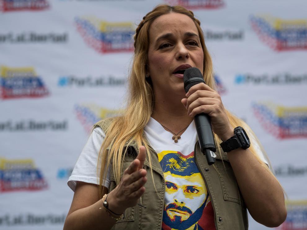 Lilian Tintori habla durante el evento público de este viernes 'Héroes por la Libertad'.