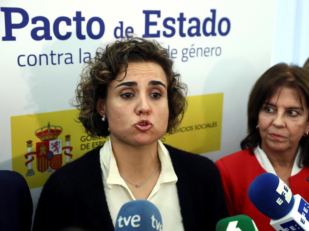 La ministra Dolors Monserrat tras la firma del convenio de adhesión al Pacto el pasado 12 de febrero.