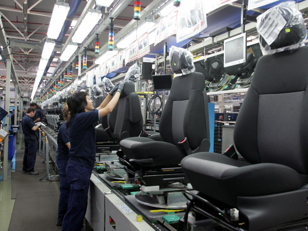Adient (la antigua Johnson Controls) fabrica asientos para automóviles en Pedrola