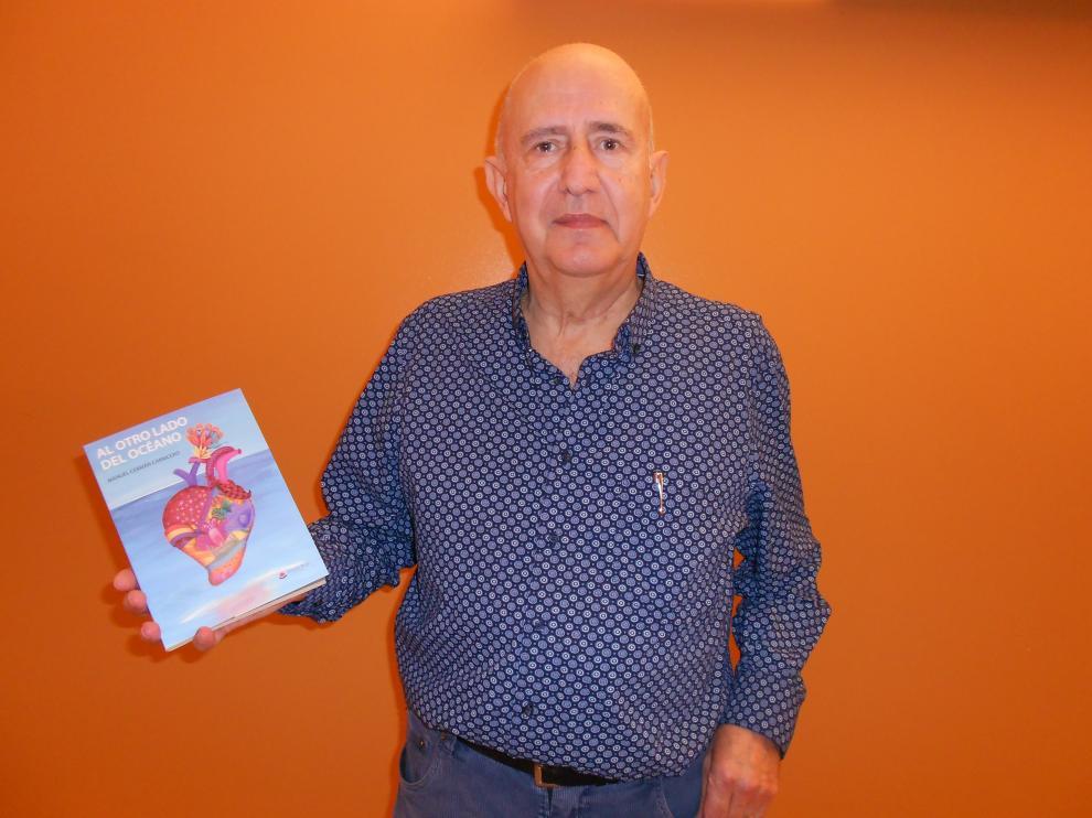 El escritor Manuel Cebrián