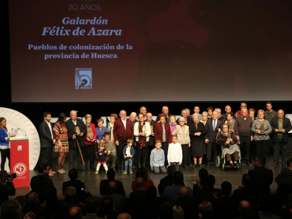 Los colonos de los 15 pueblos que recogieron el premio