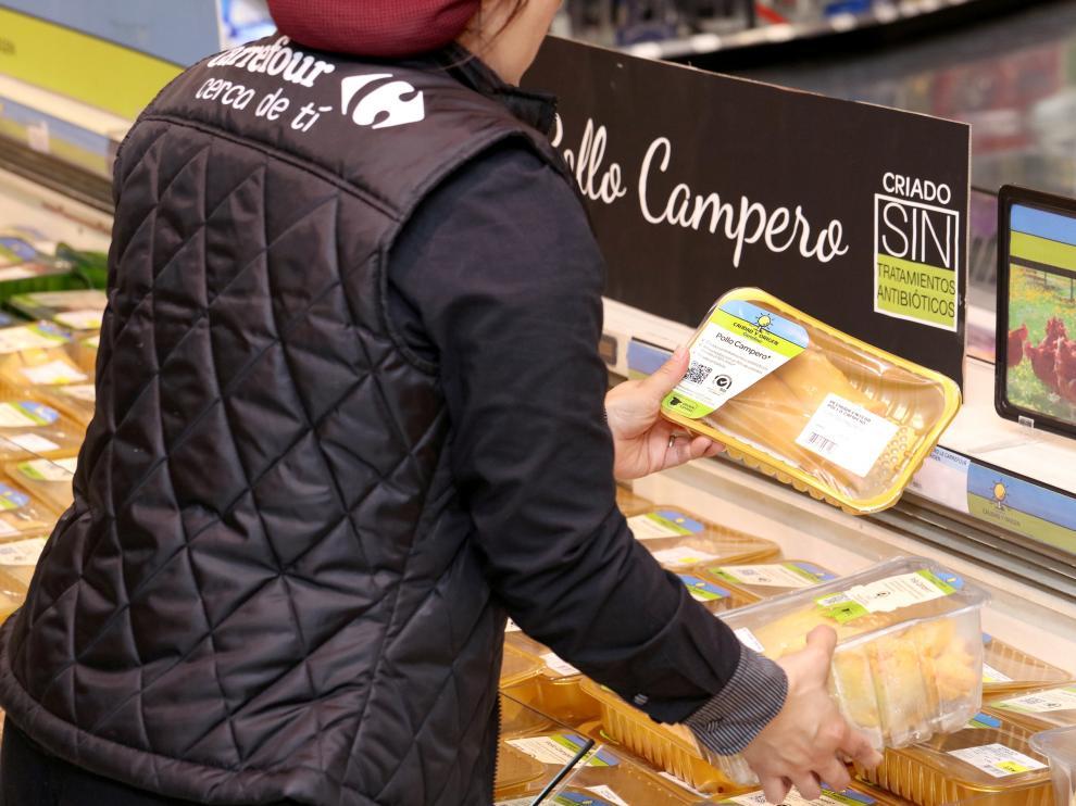 Carrefour vende el primer pollo campero criado sin tratamientos antibióticos.
