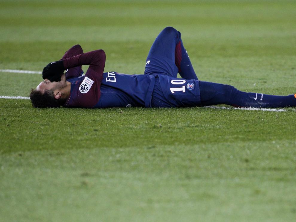 Neymar, el pasado domingo cuanto cayó lesionado.