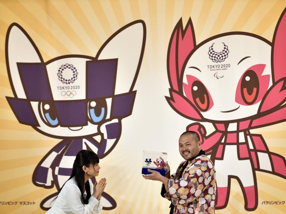 Tokio 2020 desvela sus mascotas, dos superhéroes futuristas con poderesmágicos