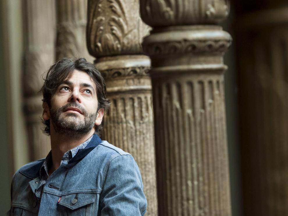 El actor Eduardo Noriega, ayer, en el palacio de Sástago de Zaragoza.