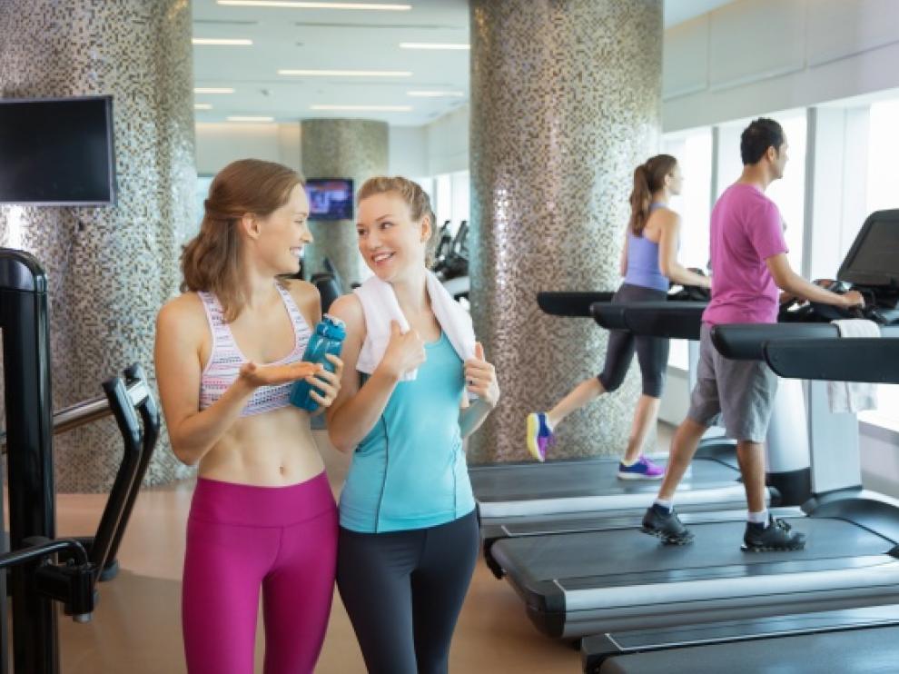 Tras la práctica de ejercicio es habitual acudir a los vestuarios para asearse.