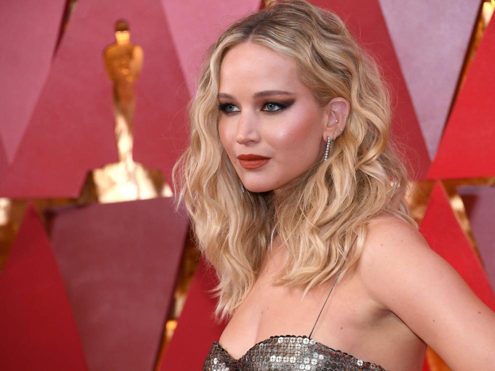 Jennifer Lawrence, a su llegada a la entrega de los premios Oscar.