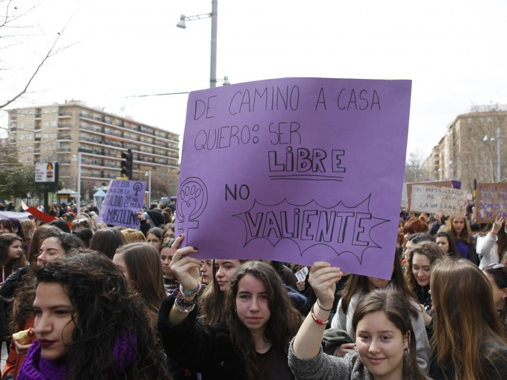 Huelga feminista del 8M en Zaragoza