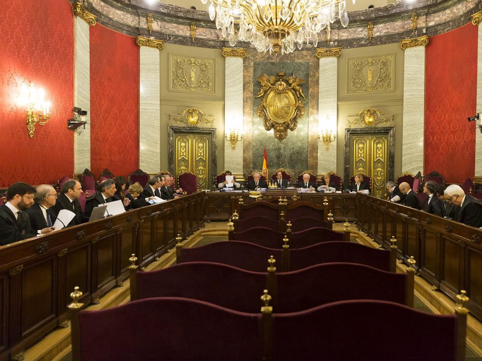 Imagen de la sala del Tribunal Supremo durante la exposición de los recursos por la operación Molinos.