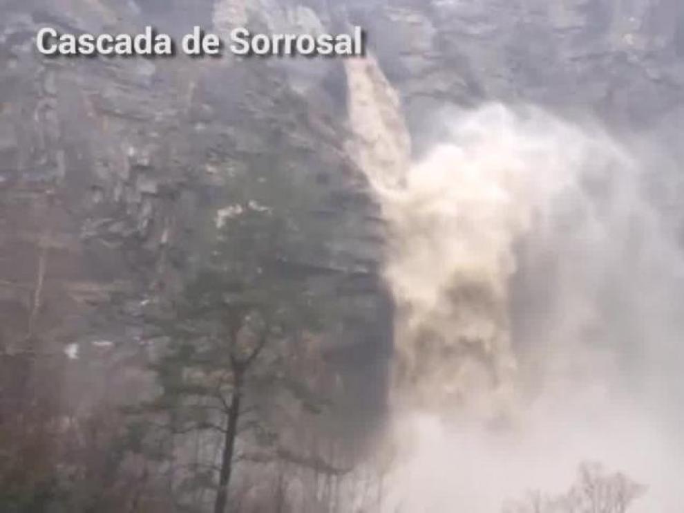 Aumento del caudal de los ríos en el Pirineo