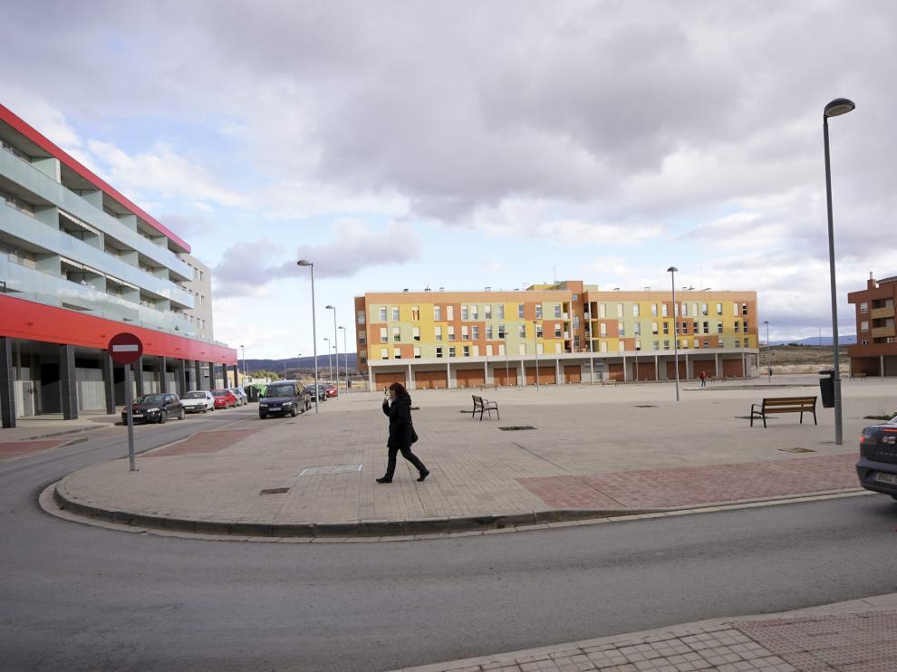 La urbanización del Polígono Sur tiene pendiente el ajardinamiento, el arbolado y el alumbrado público, entre otras cuestiones.