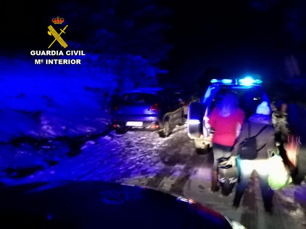 Imagen del rescate efectuado por la Guardia Civil en Guadalaviar.