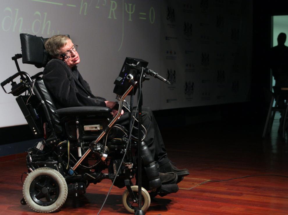 Stephen Hawking, en su silla, en una conferencia ofrecida en 2006 en Jerusalén