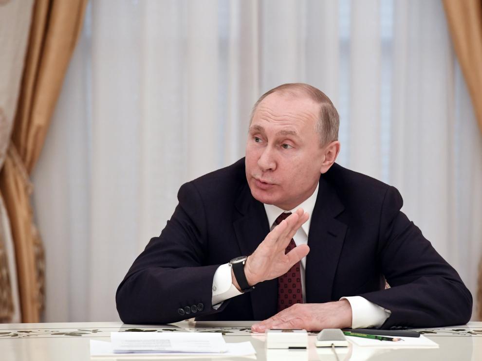 Putin reducirá gasto militar y apuesta por diálogo constructivo con el mundo