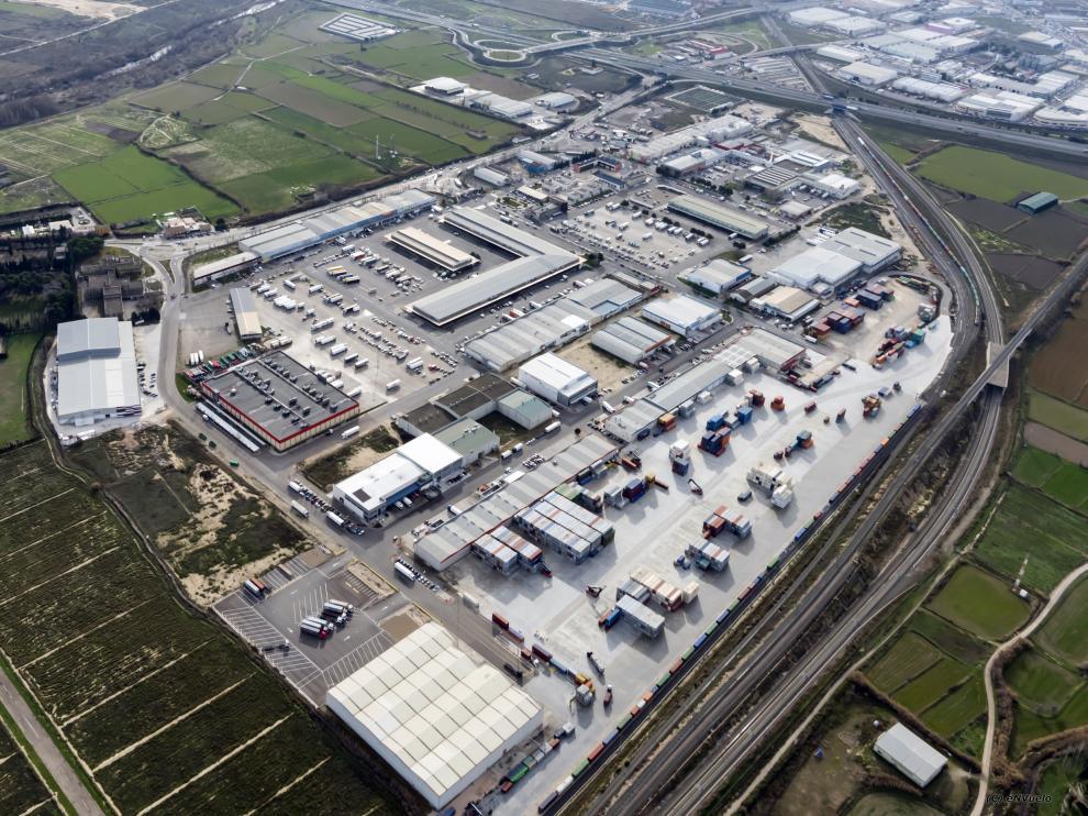 Vista aérea de la Terminal Marítima de Zaragoza en Mercazaragoza.