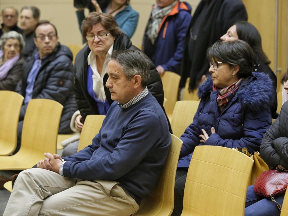 El conductor que causó el doble atropello mortal de Botorrita, en la sala de vistas de la Ciudad de la Justicia de Zaragoza, justo antes de comenzar el juicio.