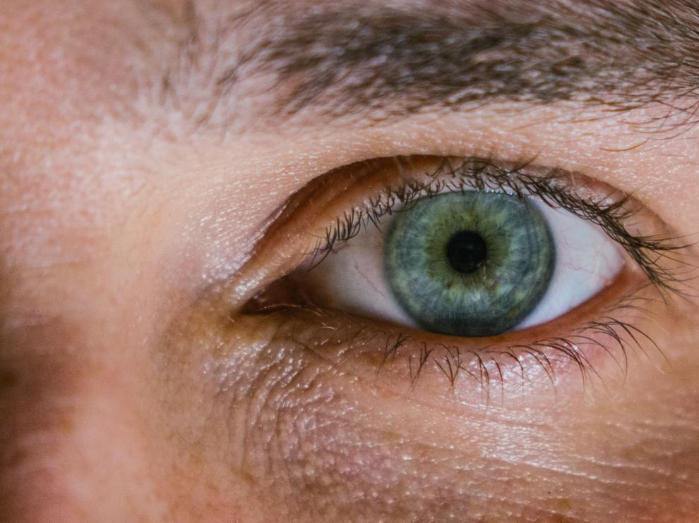 Las bolsas en los ojos es uno de los signos que más se tratan de disimular