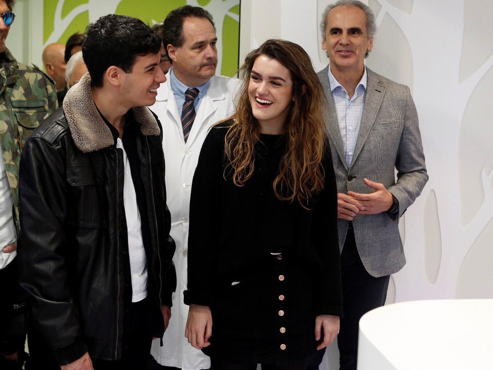 Amaia y Alfred inauguran una planta oncológica para adolescentes en Madrid