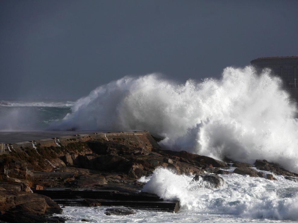 El fuerte viento de 'Hugo' se deja notar en todo el país